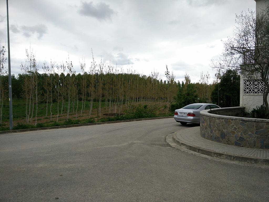 6. desvio derecha calle asfalto direccion estanys de sils