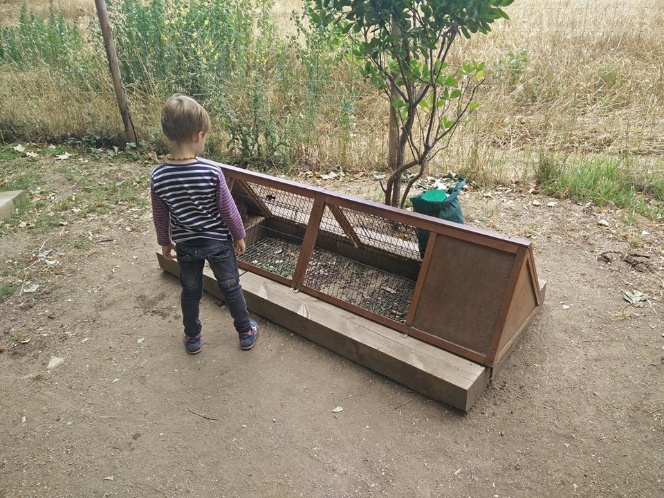 niño animales jaulas casitas picnic les 3 flors