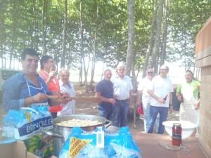 amics cuiners dinar paella picnic les 3 flors