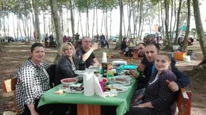 bon-apat-bon-vi-picnic-les-3-flors