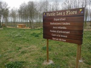 cartell peu de carretera picnic les 3 flors