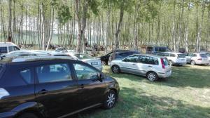 cotxes a aparcament picnic les 3 flors