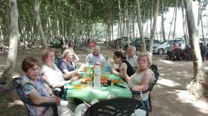 ens-hem-acabat-el-menu-picnic-les-3-flors