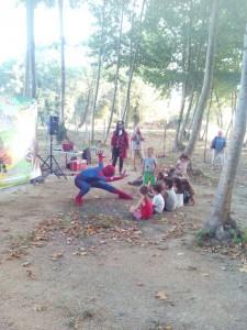 festa aniversari nens grup animacio picnic les 3 flors