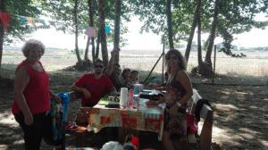 jugant-a-cartes-picnic-les-3-flors