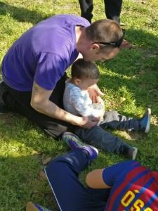 pare i fill tocant conill picnic les 3 flors