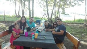 trobada-amics-amb-petits-picnic-les-3-flors