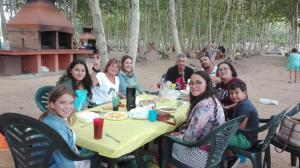 trobada-familiar-al-picnic-les-3-flors