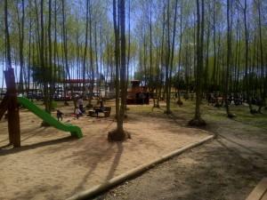 zona jocs nens sorra parc infantil picnic les 3 flors